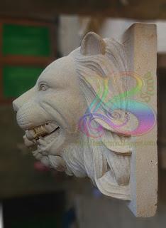Patung kepala singa air mancur batu alam