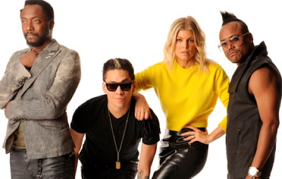 Foto de integrantes de Black Eyed Peas en pose