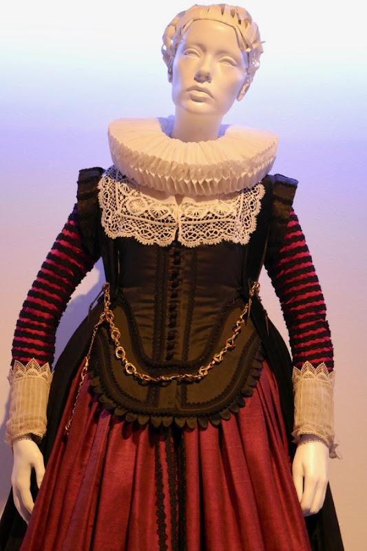 Tulip Fever Sophia Sandvoort costume