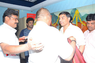 Shatamanam Bhavati Team at Sandhya Theater  0093.JPG