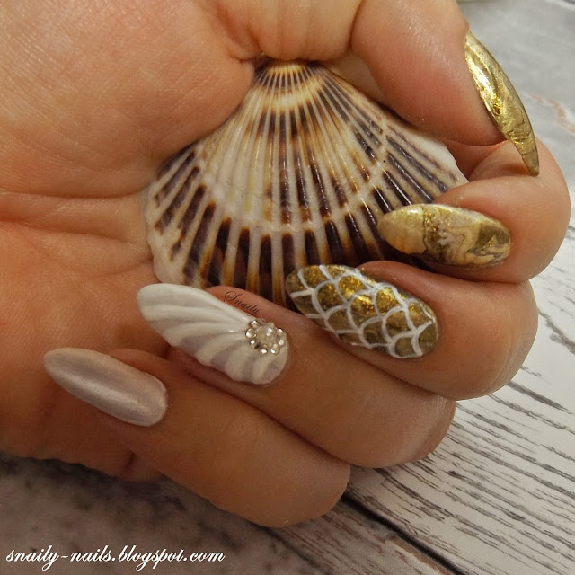 Mermaid & Shell nails