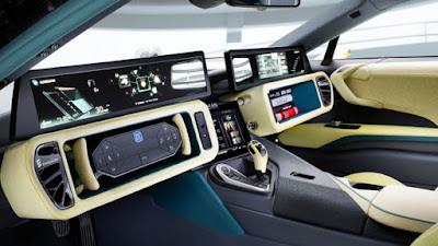 El desenvolupament del cotxe connectat