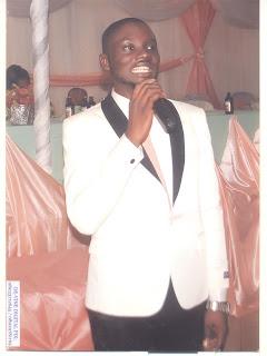 2019: Prophet prophesies Atiku's win, invites Buhari to his church