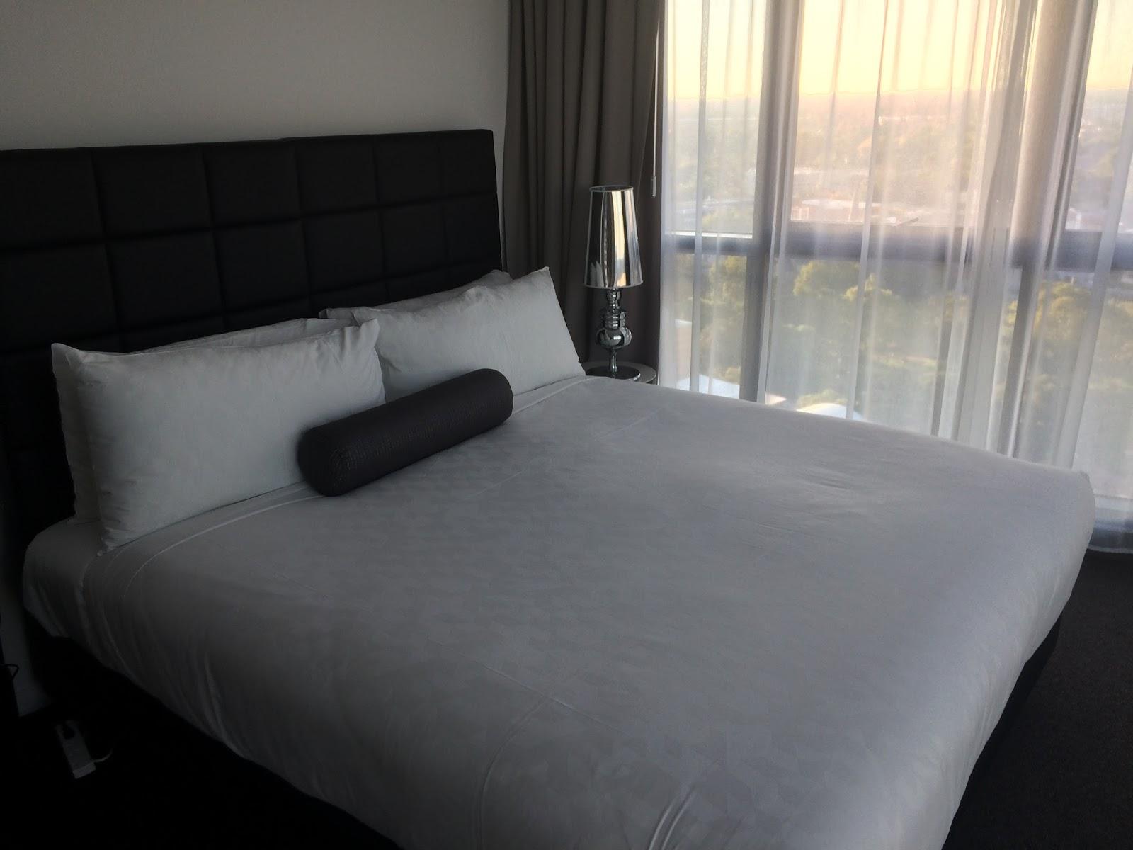 Meriton Church Street Parramatta Bedroom