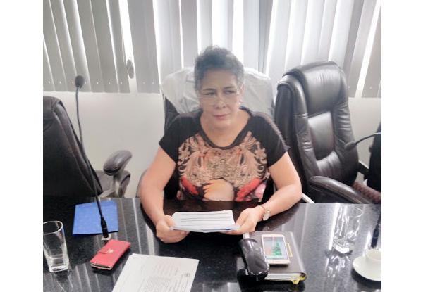 Vereadora Henriqueta Cardeal solicita representante da Secretaria de Ação Social de plantão durante os finais de semana