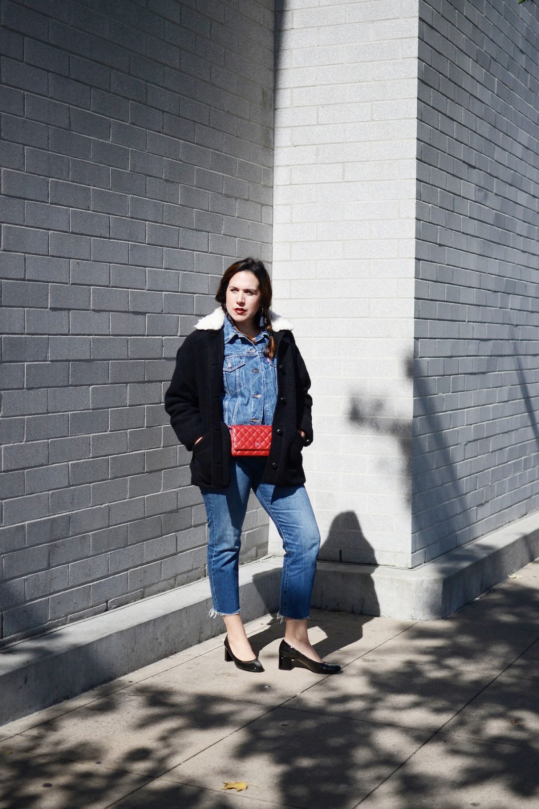 Levis jean jacket levis wedgie jean canadian tuxedo Geox patent leather low heels vancouver blogger outfit 12