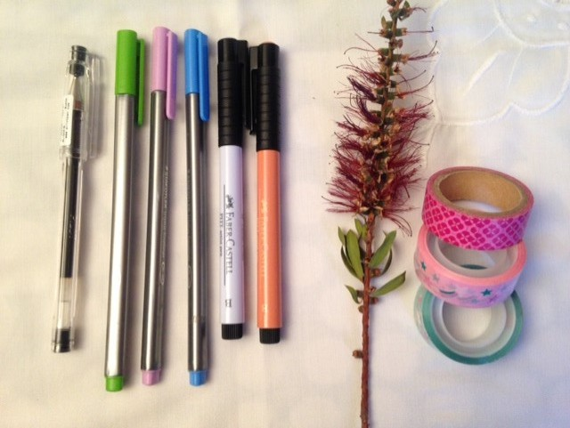 canetas e washi tape para dot journaling
