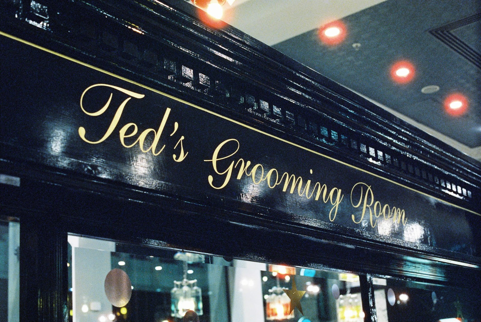Ted's Grooming Room Cheapside