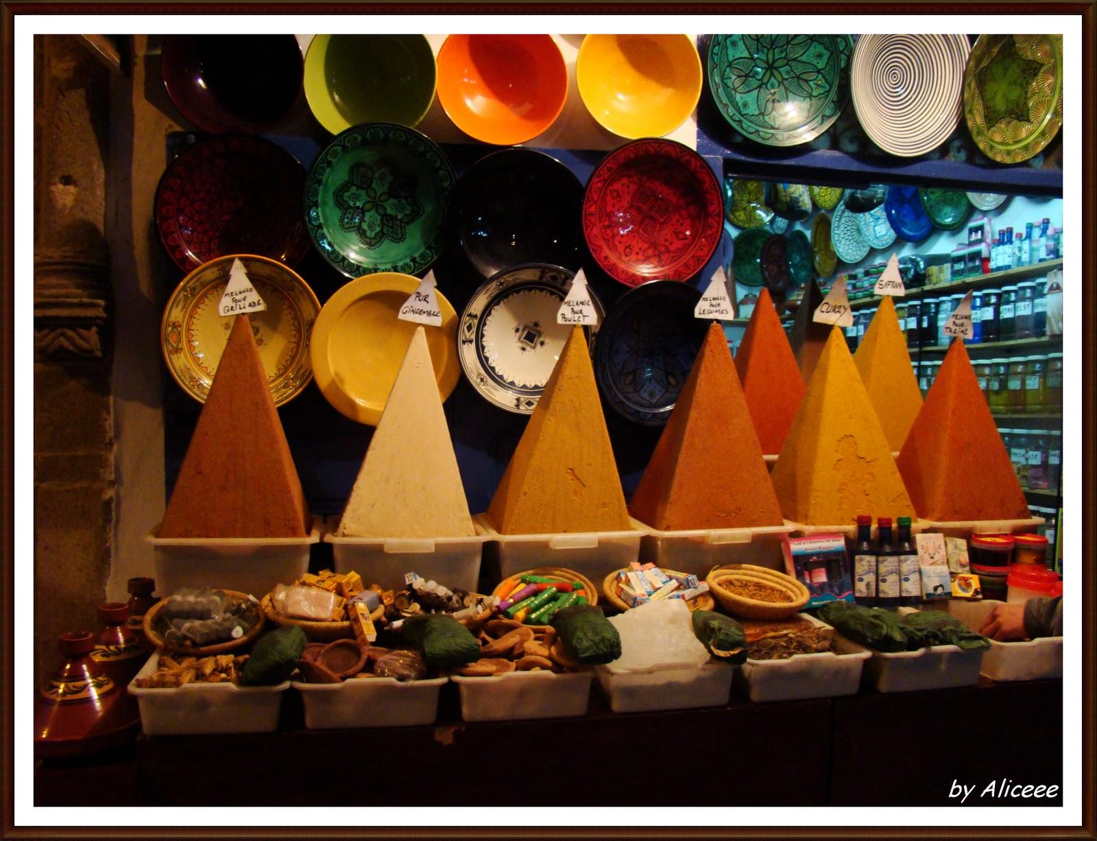 piata-de-condimente-maroc