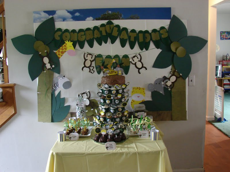 Clickable party jungle baby shower - Deco table jungle ...