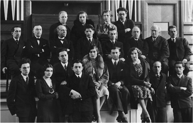 Figure 1 Standing in the second row, fourth from left, is Imre Ungar, second prize winner of the 1932 Frederic Chopin Competition in Warsaw, Poland. Source: https://commons.wikimedia.org/wiki/File:2nd_Chopin_Competition_jurors_and_laureates.jpg