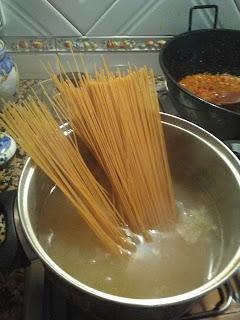http://recetasfacilesysuculentas.blogspot.com.es/2015/11/arroz-fusion-del-mar.html