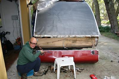 Infiltration d'eau Soyez vigilant !!! Faite vos inspections rigoureusement 11-12-2011+Water+Damage+007