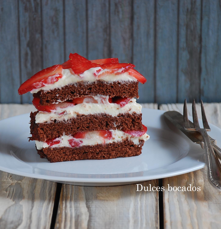 Pastel dos chocolate con fresas - Dulces bocados