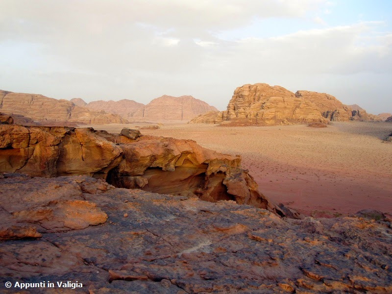 deserto-wadi-rum-dormire