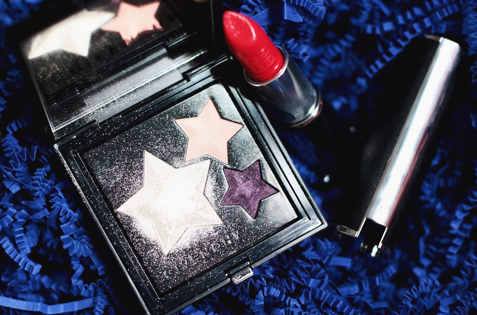 givenchy le prisme superstellar maquillage 321 heroic red avis test swatch