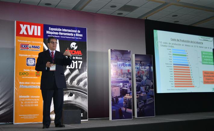 El presidente Ejecutivo de la Industria Nacional de Autopartes (INA), Óscar Albín Santos dio la conferencia magistral en Tecma, denominada: La Industria Automotriz en México. (Foto: Vanguardia Industrial)