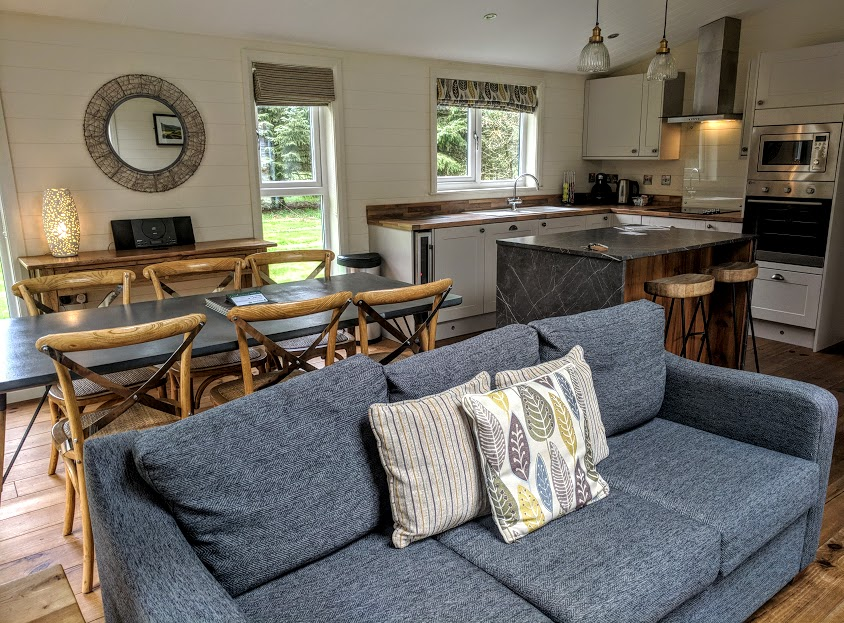 A Review of Darwin Forest & The Peak District with Tweens  - skyline view lodge in the meadows - kitchen and dining area