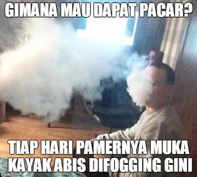 15 Meme Lucu 'Rokok Elektrik Vapor' Ini Nyindir Abis Gaya Ngebul Kekinian