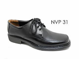 Sepatu Pantofel Pria Bertali Sekolah Mojokerto Tipe Pendek