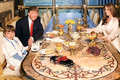 มุมห้องอาหารในบ้านของโดนัล ทรัมป์