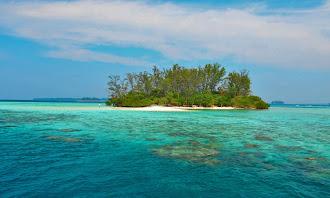 fasilitas pulau macan eco village