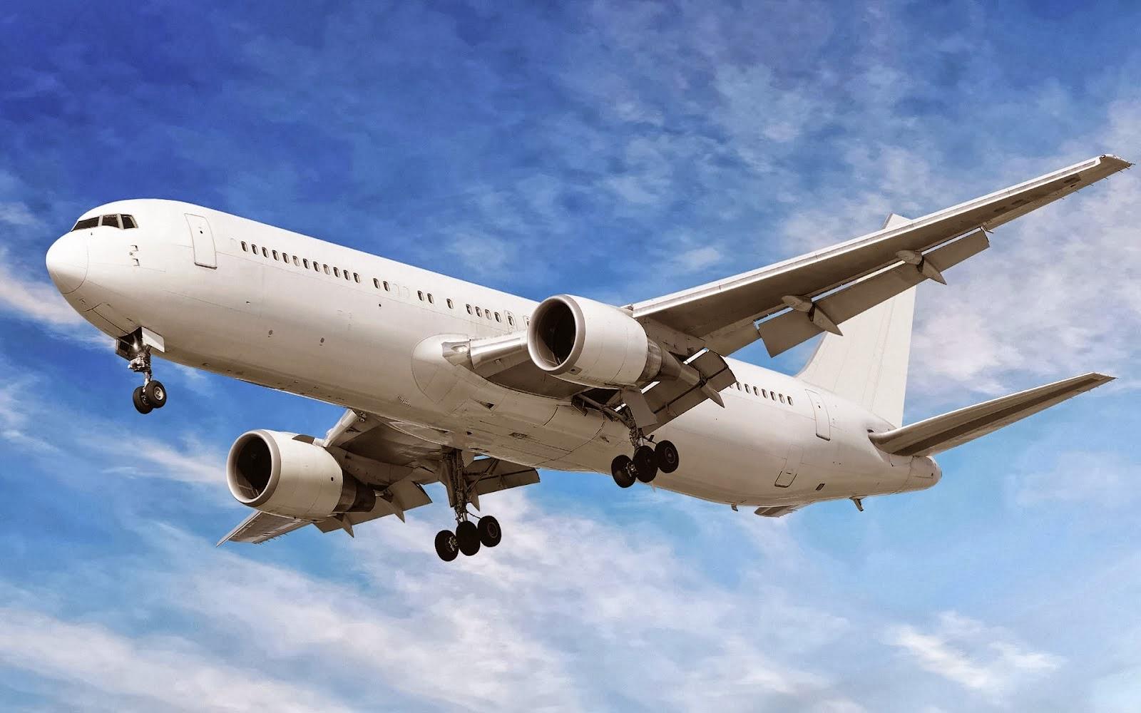 Hasil gambar untuk naik pesawat