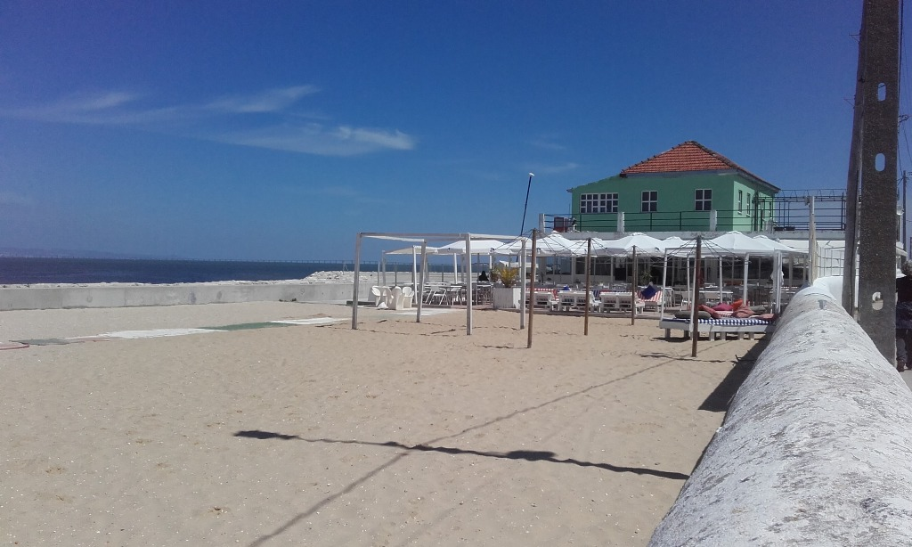 Bar restaurante e Lounge Praia Norte no Barreiro