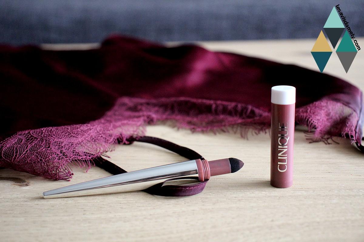 swatch beauté rouge à lèvres velours poudre