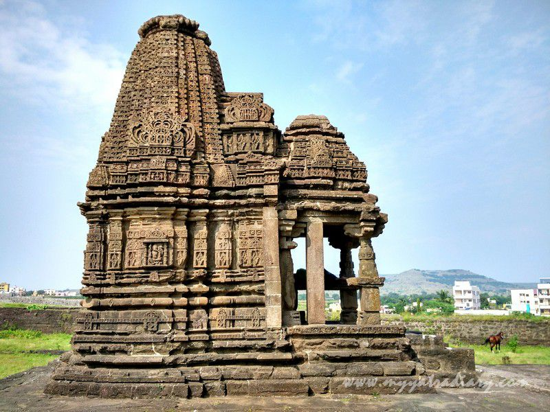 Ganesha Temple at Gondeshwar Temple in Sinnar near Nashik, Maharashtra (2)