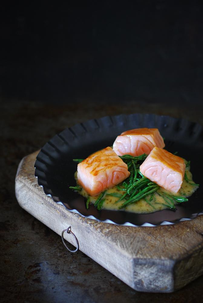 salmon-samphire-white-wine-sauce-salmon-salicornia-salsa-vino-blanco-bistrot-carmen