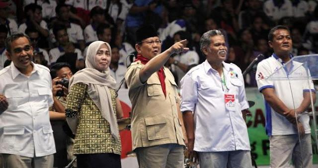 Ketum Gerindra Prabowo Subianto memekikkan yel Berita Terhangat SETELAH DAPAT DUKUNGAN DARI KSPI, PRABOWO LANGSUNG MEMEKIKKAN !