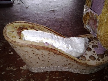 Man caught @Lagos Airport with cocaine concealed into women shoes from Brazil