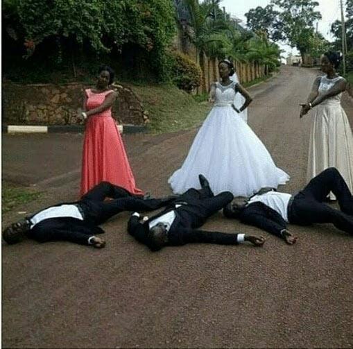 Bridal gunpose leaves Internet users dazzled