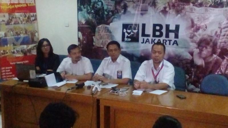 Pilot Lion Air gelar jumpa pers di LBH Jakarta