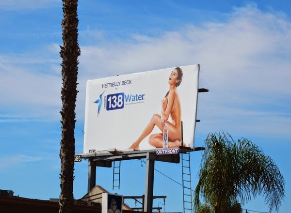 Hettielly Beck 138 Water billboard
