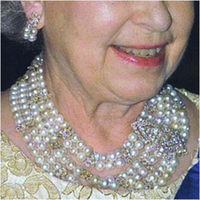 fafd1b06015b9 From Her Majesty's Jewel Vault: The Qatar Pearl and Diamond Demi-Parure