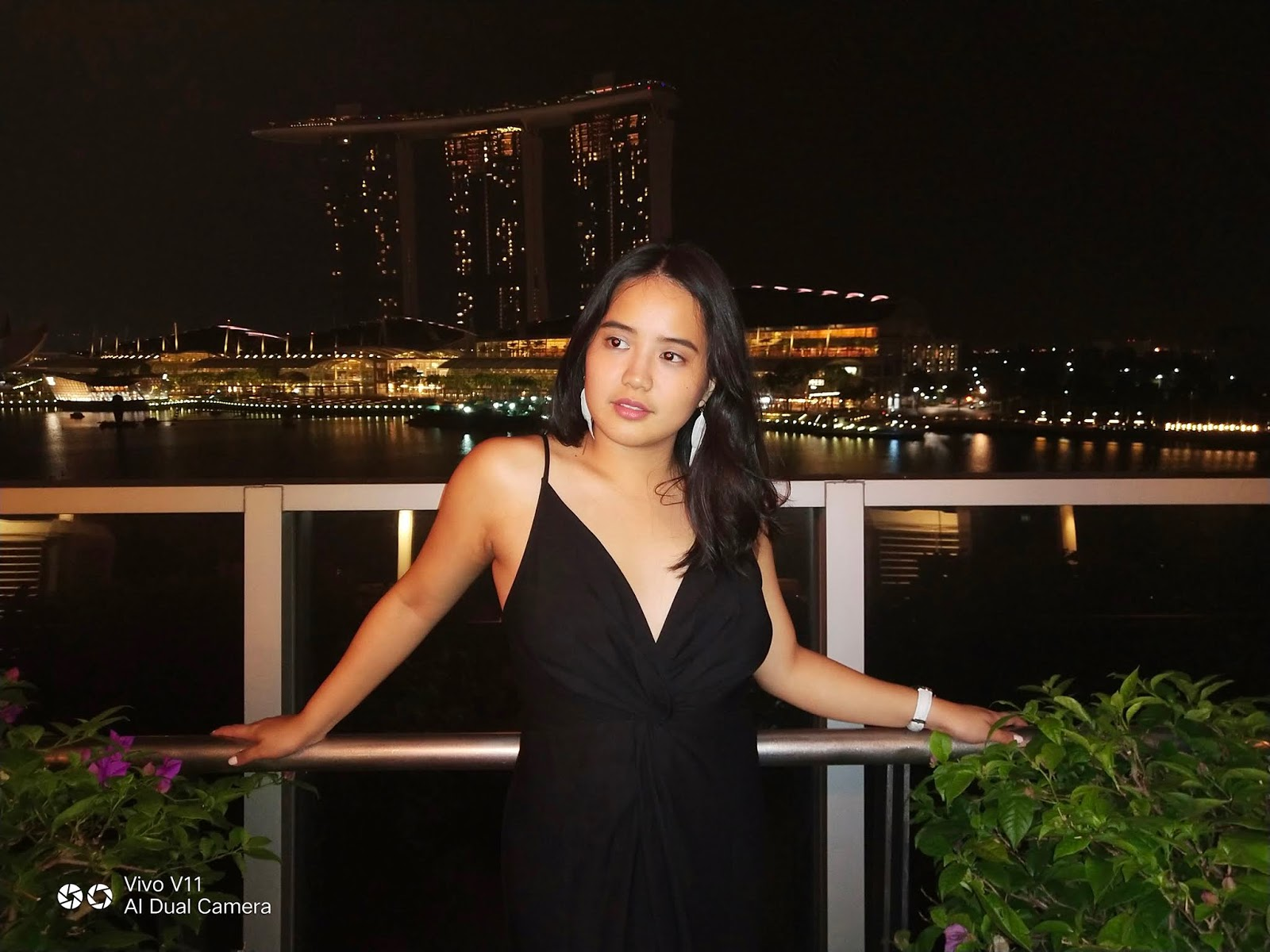 Vivo V11 Takes Night Time Perfectly Shot Photos With Ease And Confidence Camera 8s Instax Shanghai Girl The Cameras Ever Popular Bokeh Effect Focus Of Photograph Is Enhanced A Blurry Thrown In For Added Drama