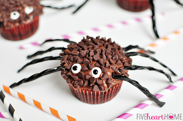How to Make a Creepy Halloween Spider Cupcakes
