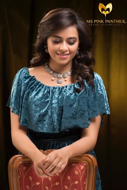 Sri Divya Beautiful Image For Ms Pink Panther Jewellery Ad