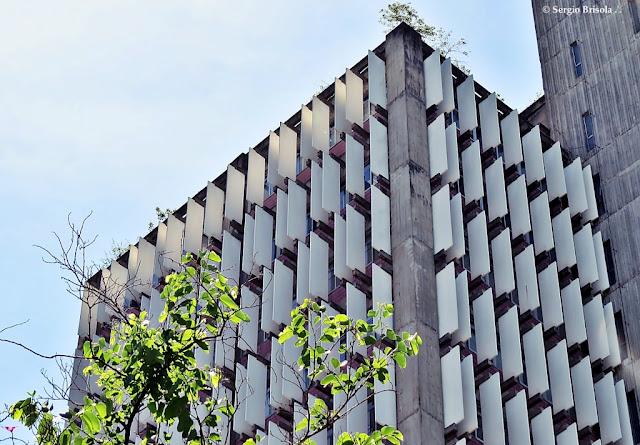 Vista da parte superior da fachada do Condomínio São Luiz - Itaim Bibi - São Paulo