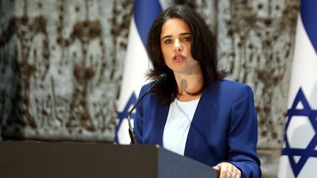 Ayelet Shaked  vista como a nova Golda Meir de Israel