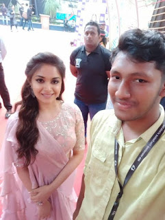 Keerthy Suresh in Saree with Cute Smile with a Fan at IFFI in GOA