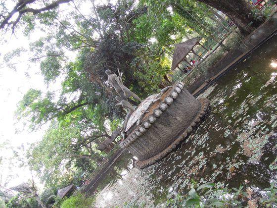 Fountain at La Mesa Eco Park in Quezon City