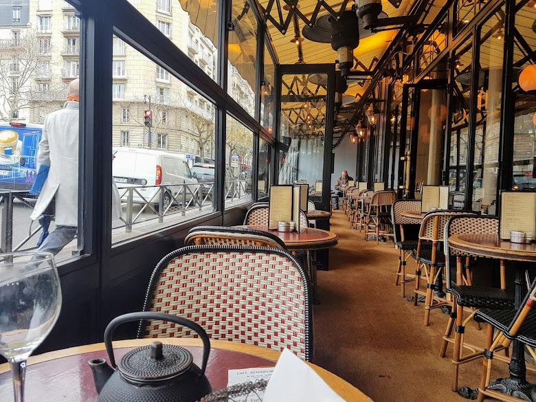 Cafe 室外區域的座位