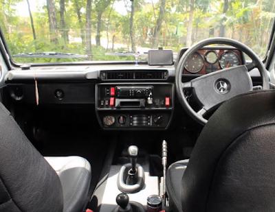 Interior Jip Mercy G-Class W460 280GE