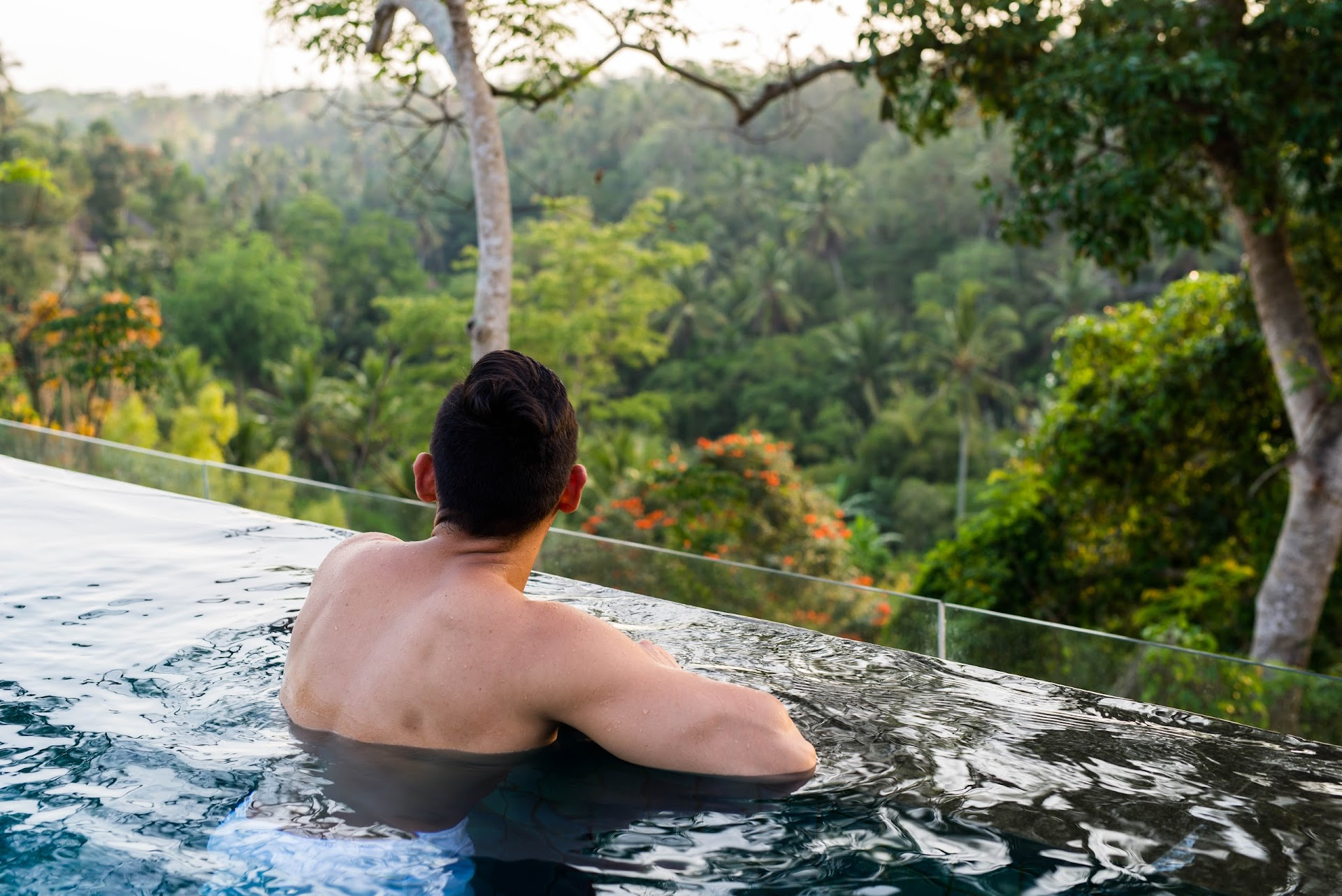 bali jungle, best hotels in bali, ubud, indonesia travel, bisma eight hotel review, tropical paradise, luxury hotel bali, couple travel bloggers, honeymoon destinations, tropical paradise infinity pool, best infinity pools, san francisco travel blogger, bay are, california