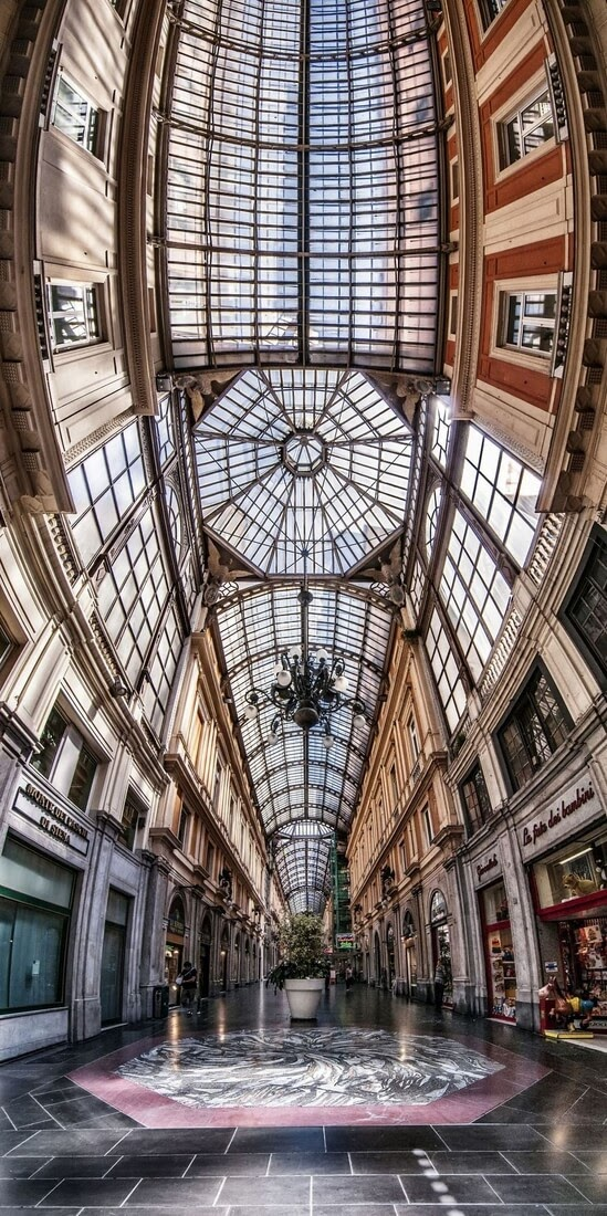 08-Andrea-Facco-Photographs-of-Vertical-Architectural-Panoramas-www-designstack-co