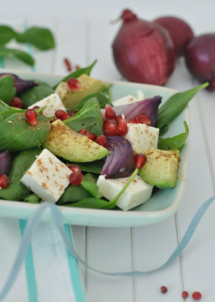 Spinach-Avocado-Salad with Feta cheese and Ras el-Hanout, glutenfree and oh-so delicious!