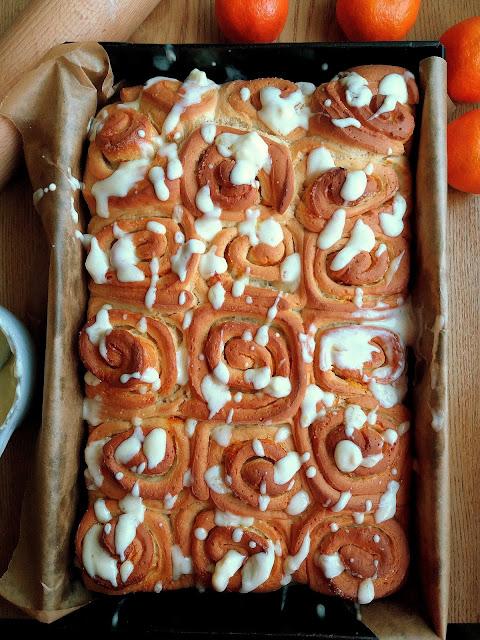 Pomarańczowe bułeczki / Orange Rolls